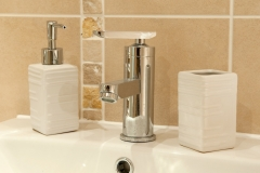 serviced-apartments-bathroom-1-sm